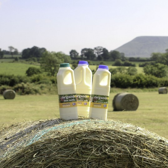 Acorn Dairy Fresh Double Cream 275ml  (order by Tues for following week)